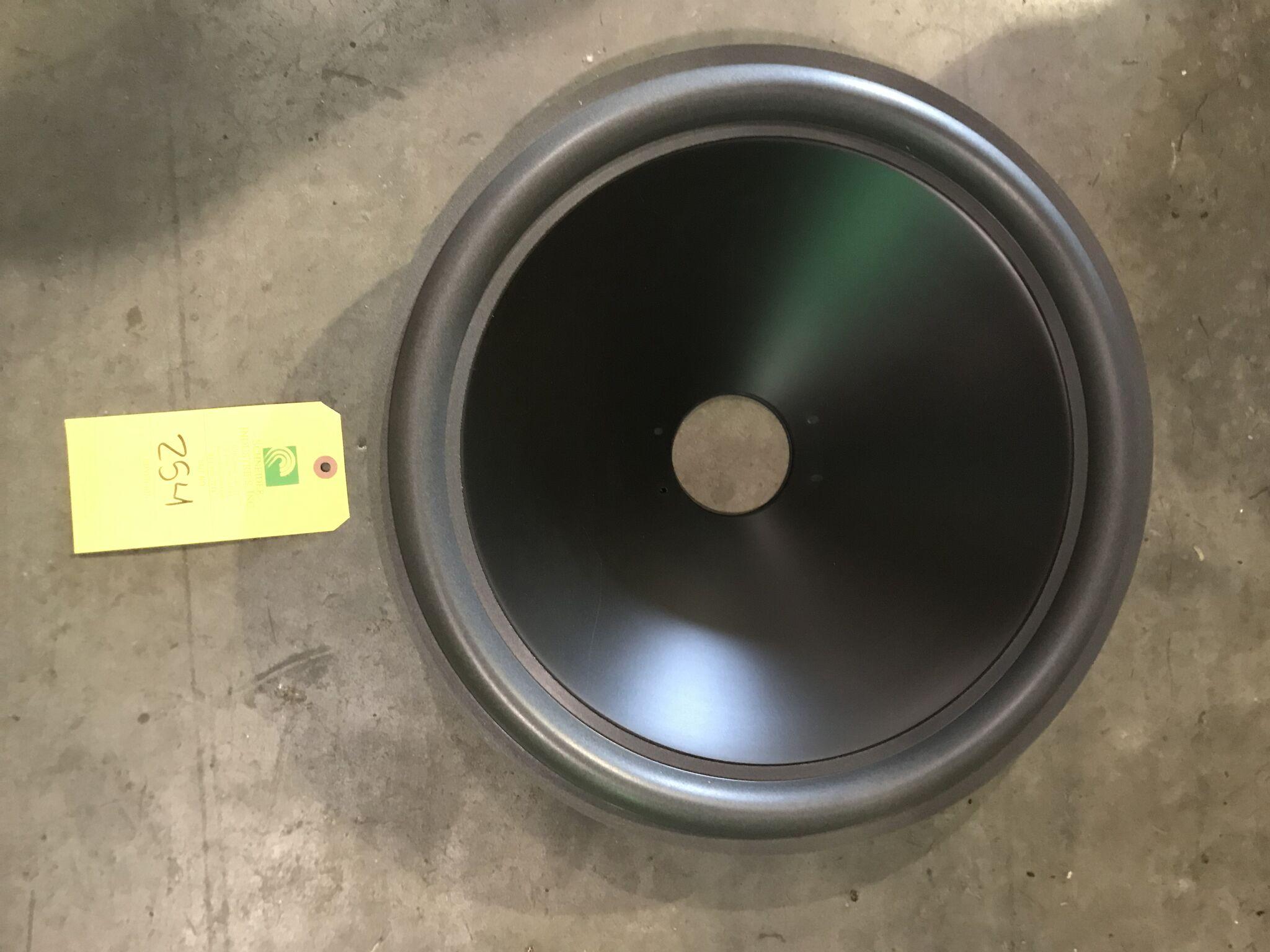 Lot 254 - 18 inch JL Cones (18WG) qty. 100