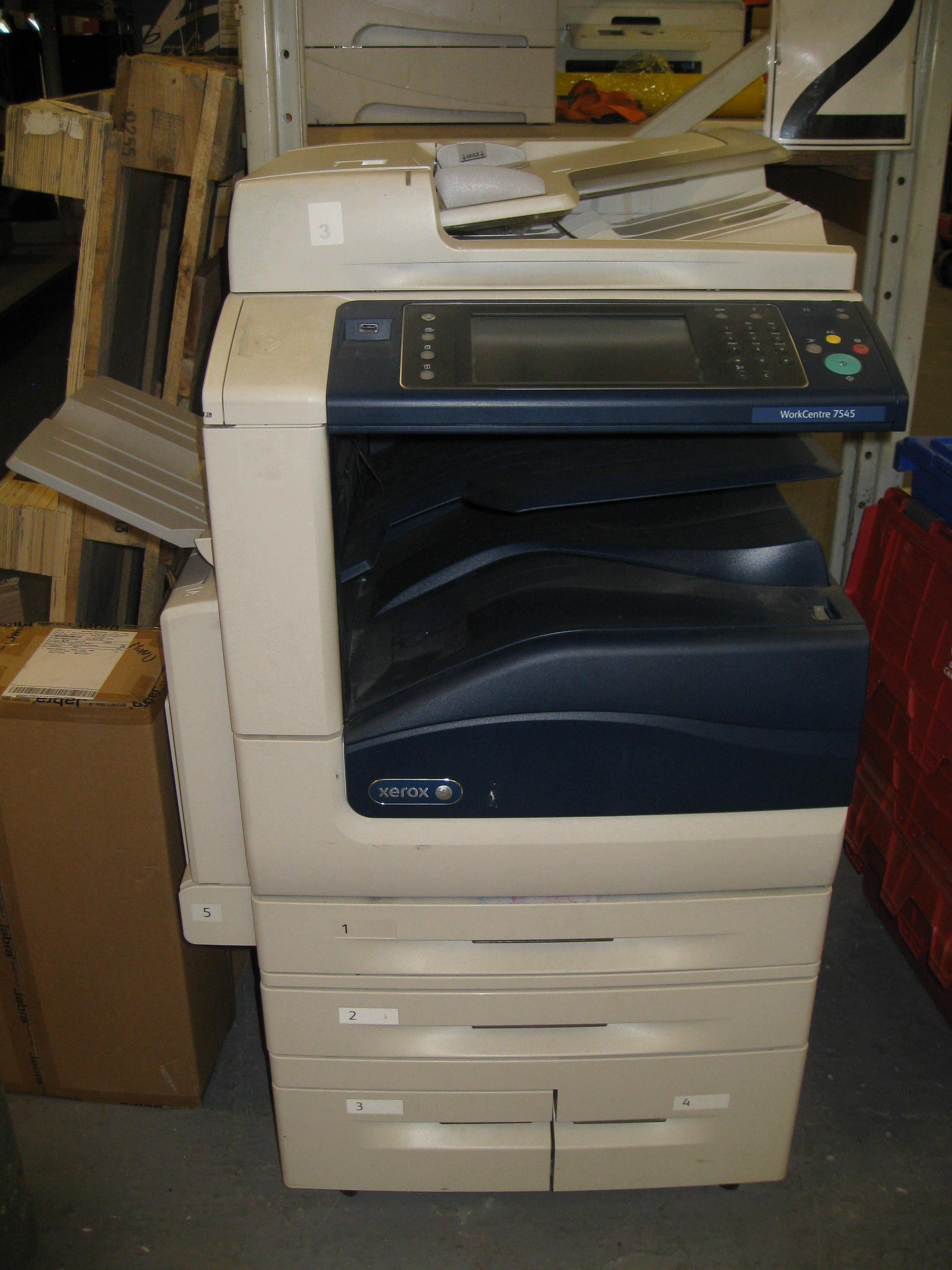 XEROX WORKCENTRE 7545  NOT POWERING UP  NEEDS ATTENTION