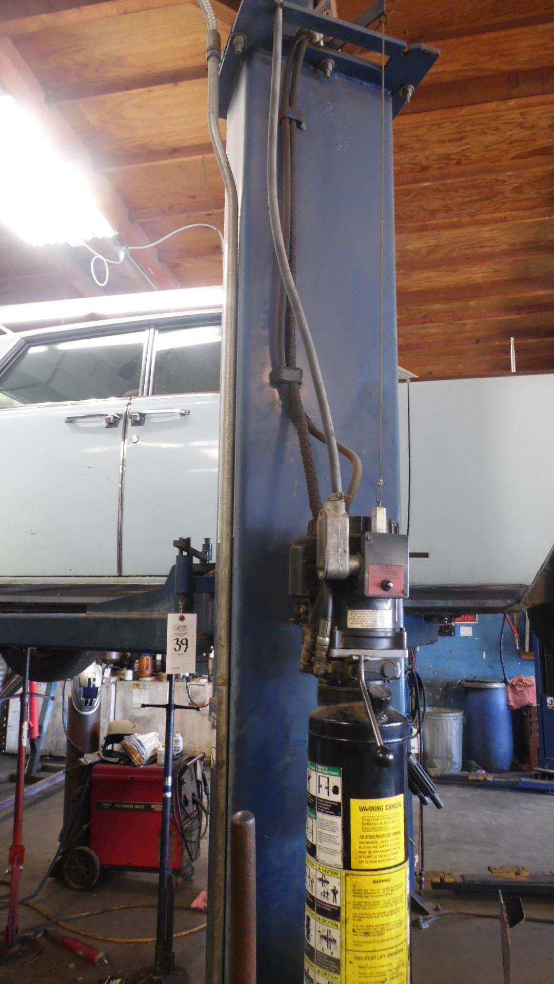 FORWARD 9000 CAR LIFT MODEL 9000A