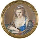 Französische Schule (Ende 18. Jh.) Portrait d'une femme tenant un livre Gouache auf Elfenbein 6.5 cm