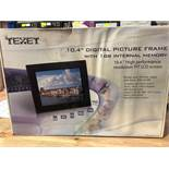 "1 BOXED TEXET 10.4"" DIGITAL PICTURE FRAME WITH 1 GB INTERNAL MEMORY / RRP £27.49 (PUBLIC VIEWING"