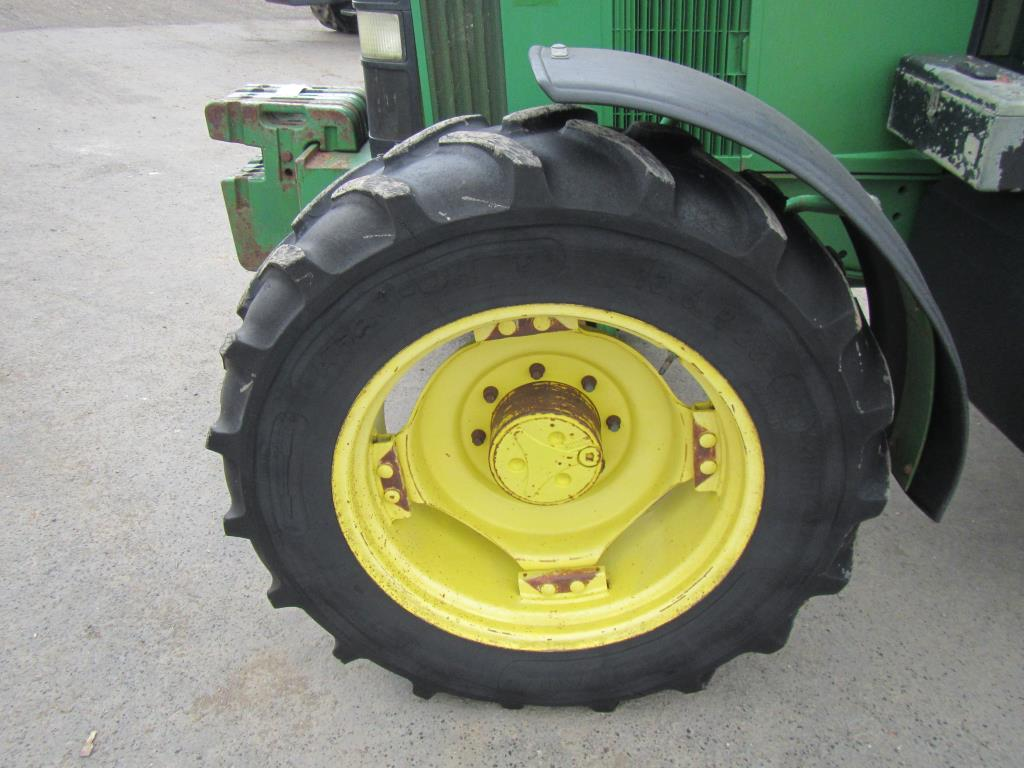 John Deere 2wd Front Fenders : John deere wd tractor fitted with front weights
