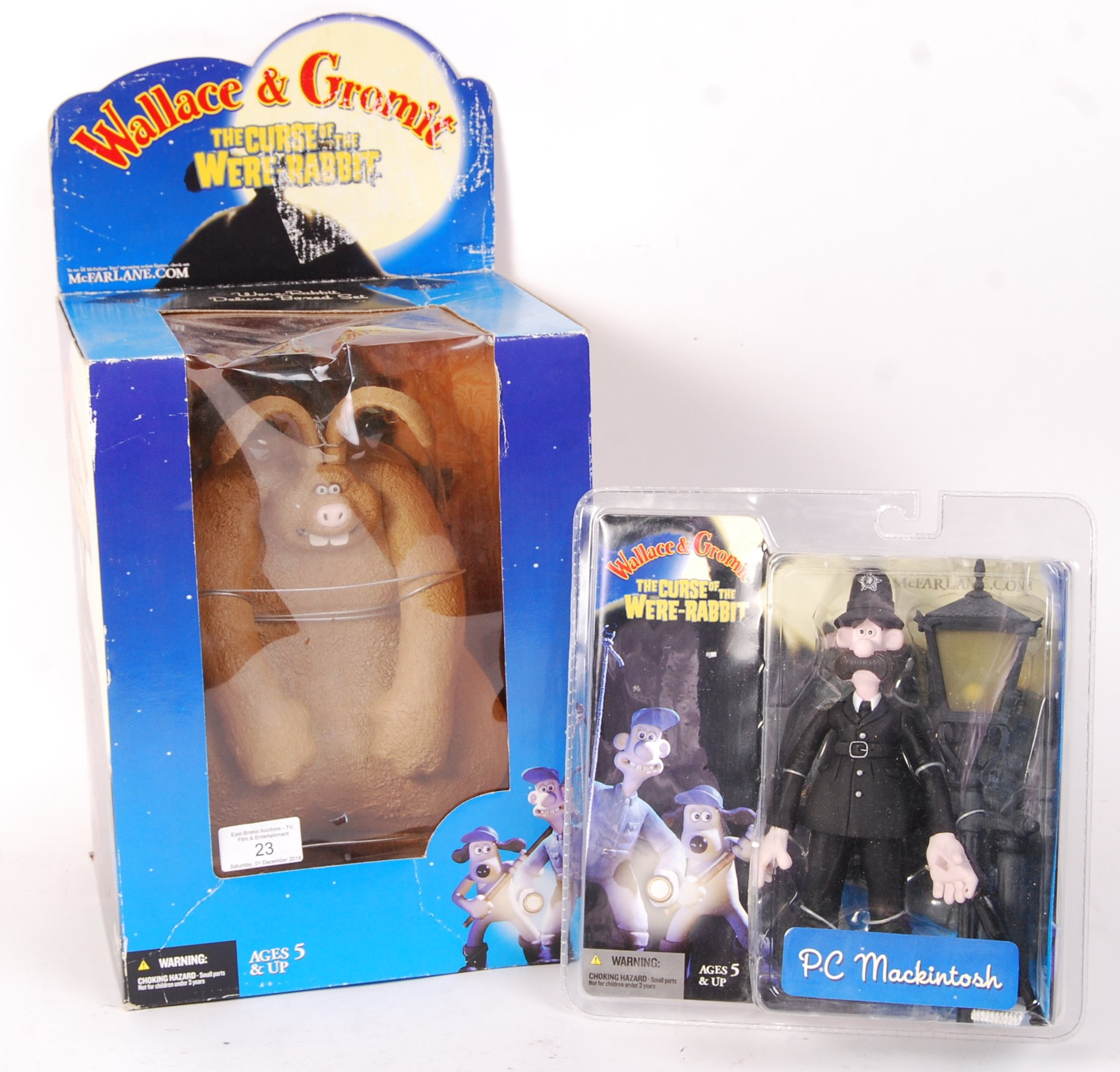 Lot 23 - WALLACE & GROMIT ' CURSE OF THE WERE-RABBIT ACTION FIGURES