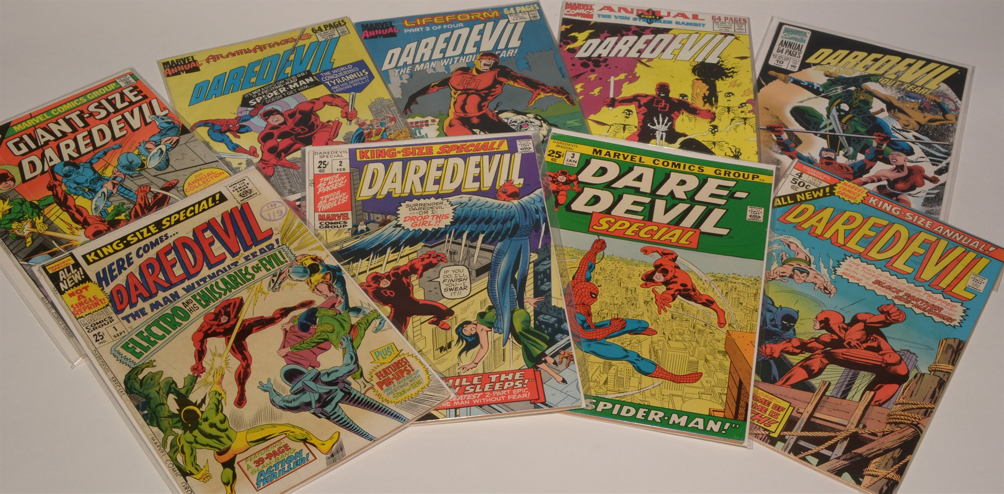 Daredevil No's. 9, 10 11 & 26-30 inclusive / Daredevil King-Size and Giant-Size Comics; and 64-Page - Image 3 of 3