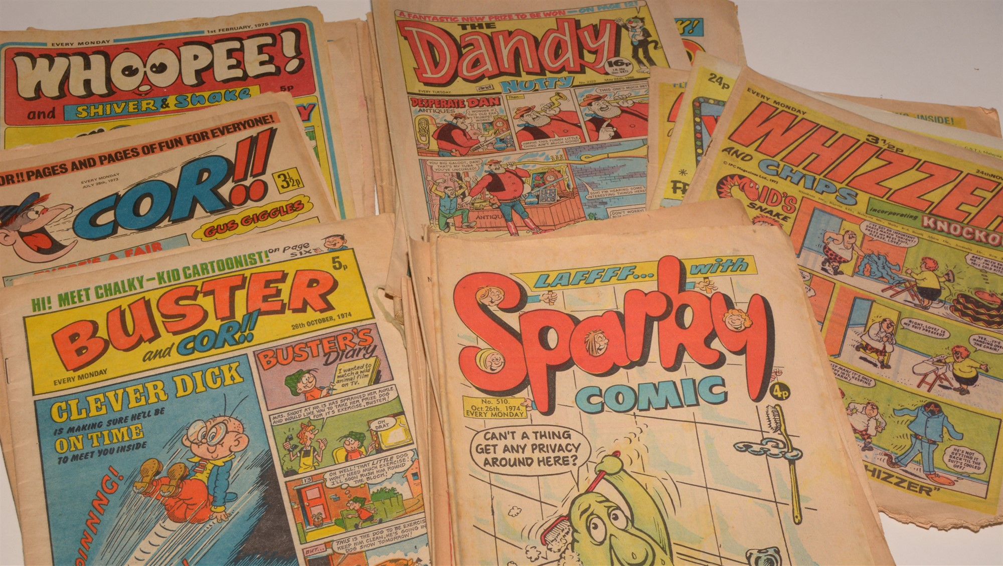 The Beezer, The Topper and Buzz sundry 1970's issues and Holiday Specials, Whizzer and Chips, - Image 2 of 3