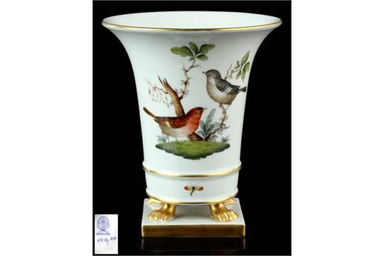 Property Of A Lady A Herend Rothschild Pattern Urn Vase Model