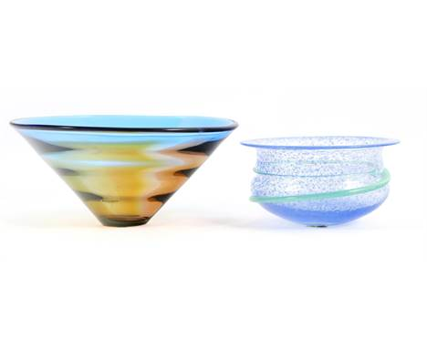 Unclearly signed, 2 colored glass Kosta Boda dishes, 12 cm high and 26.5 cm diameter and 9.5 cm high and 18.5 cm diameter