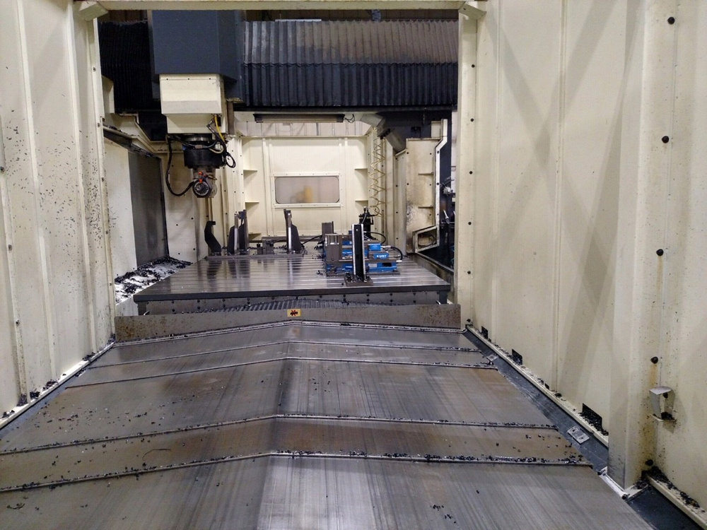 """Viper Pro 4210 AG Bridge Type CNC Vertical Milling Center, 163"""" x 78"""" Table, Right Angle Head, 40ATC - Image 8 of 11"""