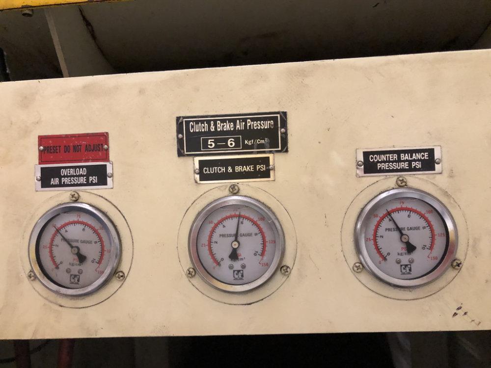 "Stamtec G1-260 Gap Frame Press, 286 Tons, 20-40 SPM, 59"" x 33"" Bed, Air Clutch / Brake - Image 5 of 9"