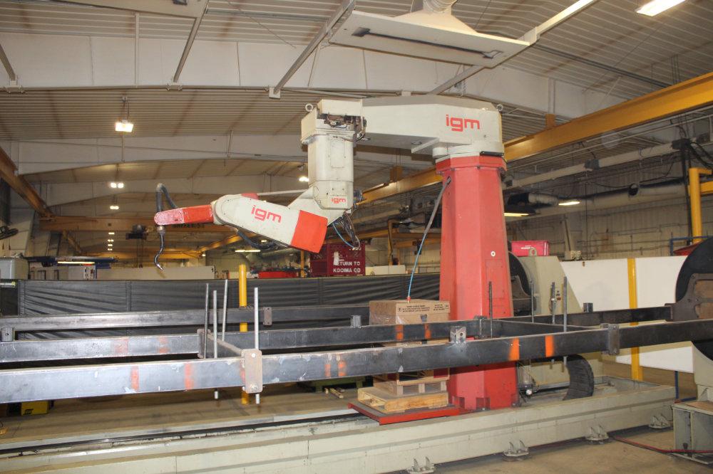 IGM / Messer RTS1-1500 Travelling Column Robotic Welder with Dual IGM Rotating Fixtures