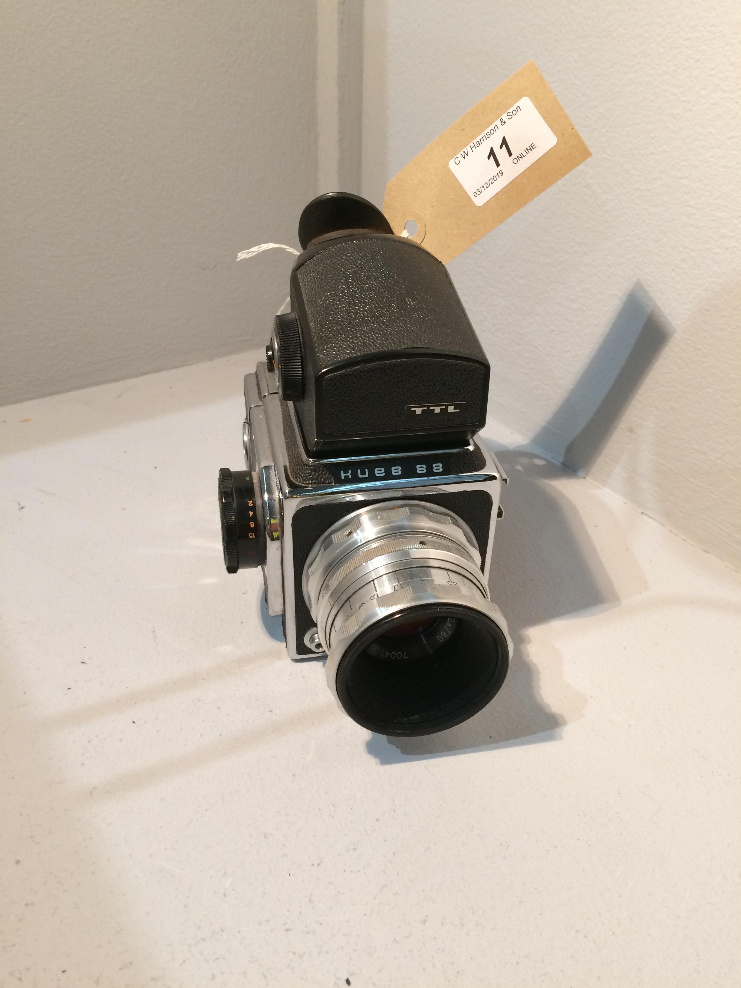 Lot 11 - Kueb 88 TTL movie camera