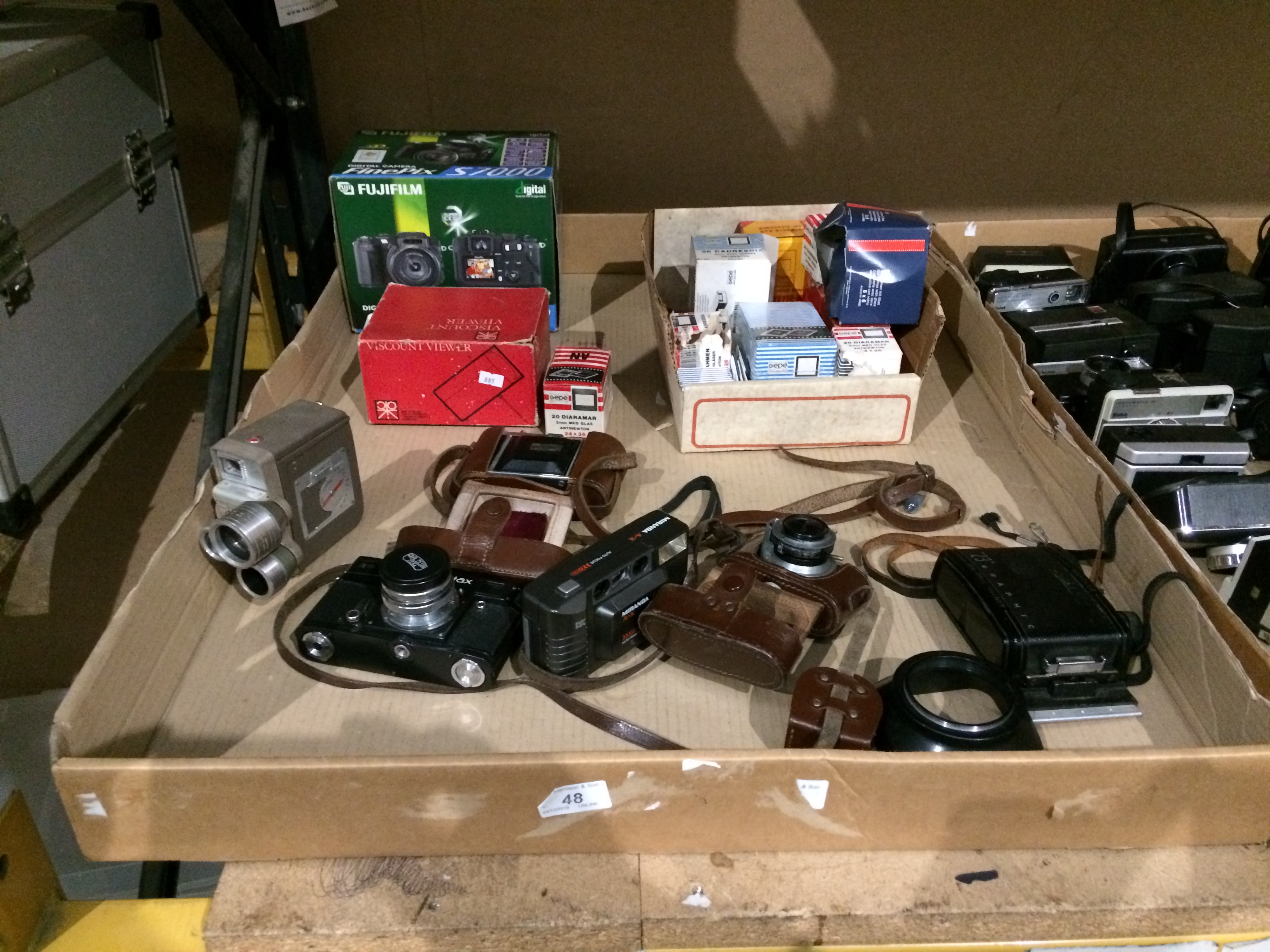 Lot 48 - Contents to tray - Contax camera, Medallion 8 film camera, Photavit Phutavit camera,