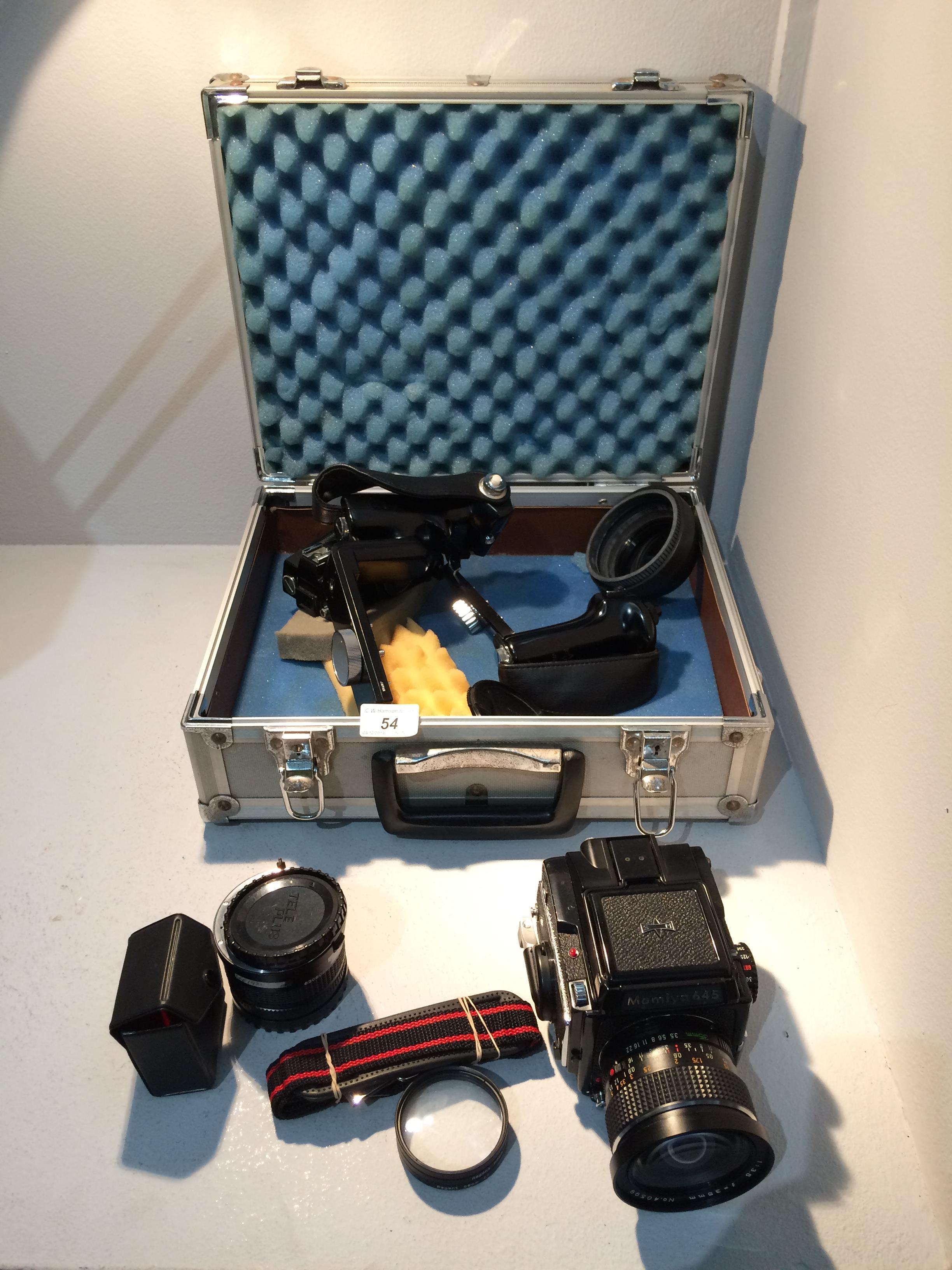 Lot 54 - Mamiya 645 camera with a Mamiya Sekor C 1:3.