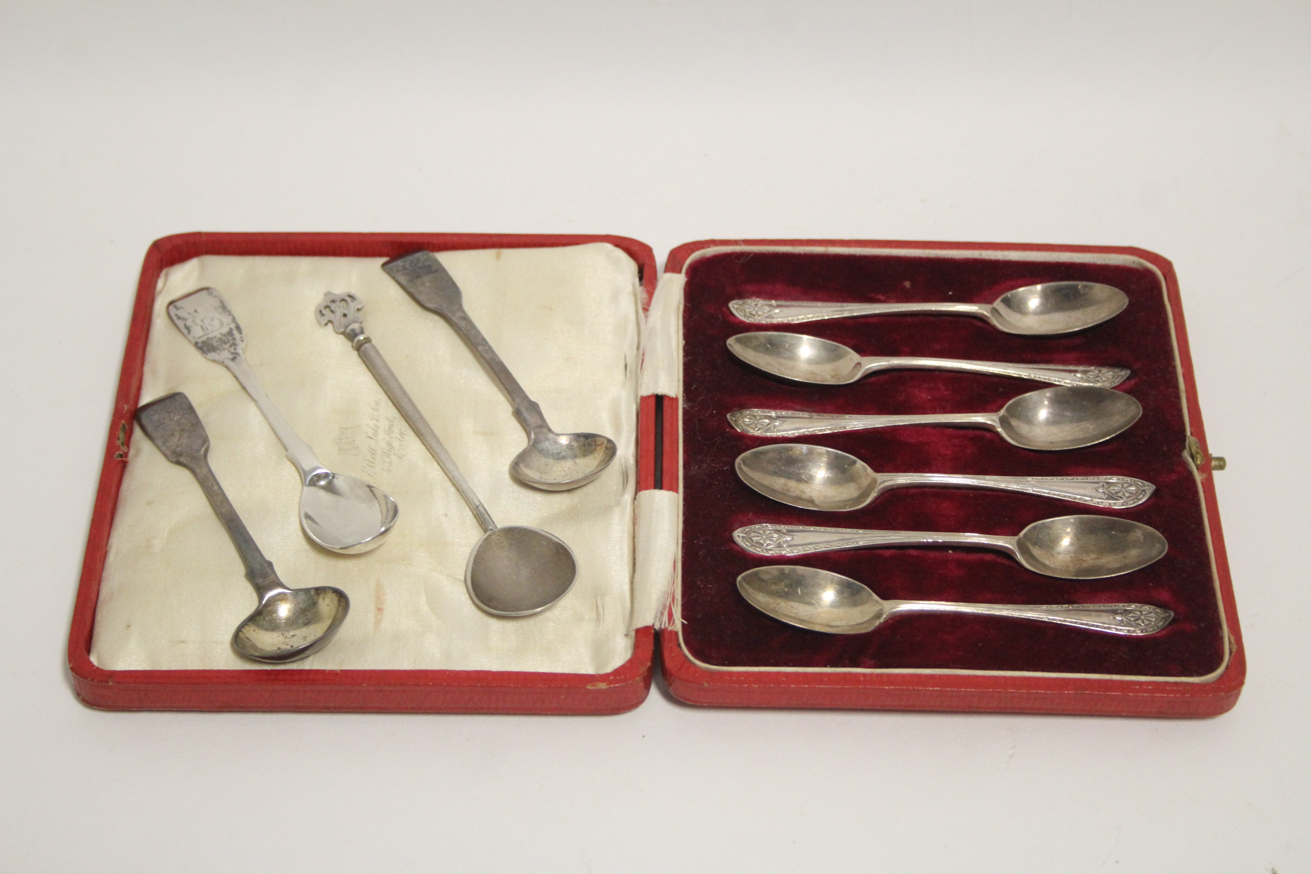 Lot 40 - A set of six coffee spoons wit fancy terminals, London 1918, by D. L. Fullerton, in fitted case;