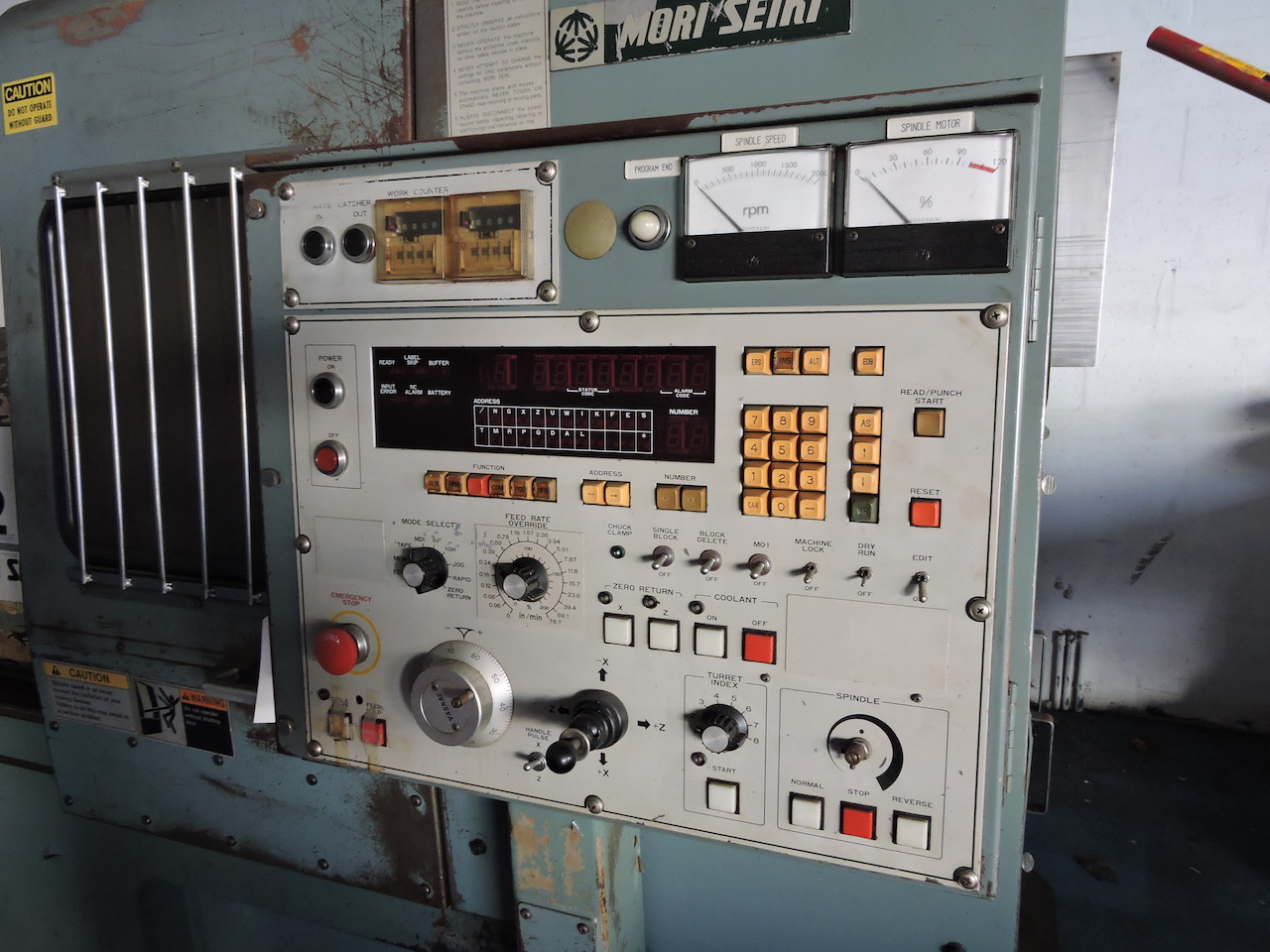 Lot 1 - MORI SEIKI SL-2B TURNING CENTER WITH YASNAC CONTROL, 8 STATION TURRET, TOOLING, CHUCK AND COLLET