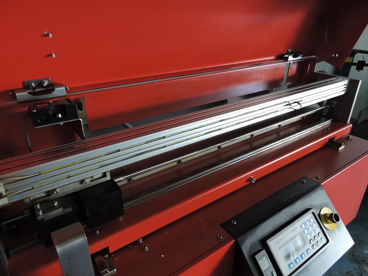Lot 5 - EMCO LM800 COMPACT BARFEEDER; W/Bar-Stock Dia. 6-25.5 mm; Bar Stock Length 100-600mm.
