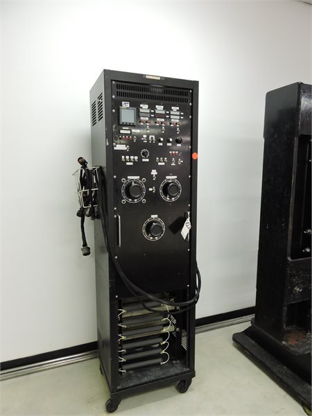 Lot 21 - HIGH STANDARD AVIATION ACTUATOR TEST STAND WITH ACC. AND COMPUTER