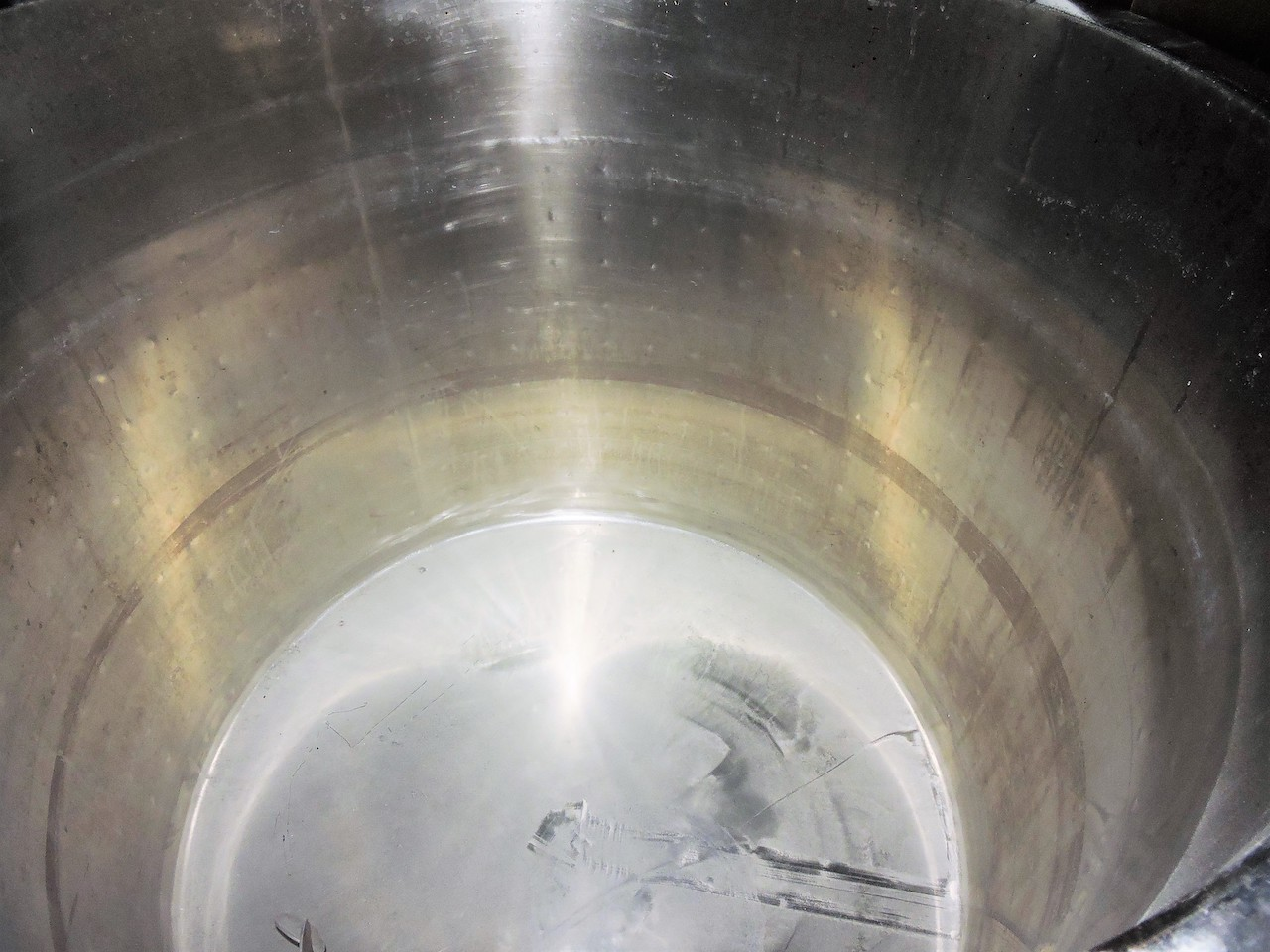 Lot 40 - NATIONAL STAINLESS STEEL TANK 200 GALLONS