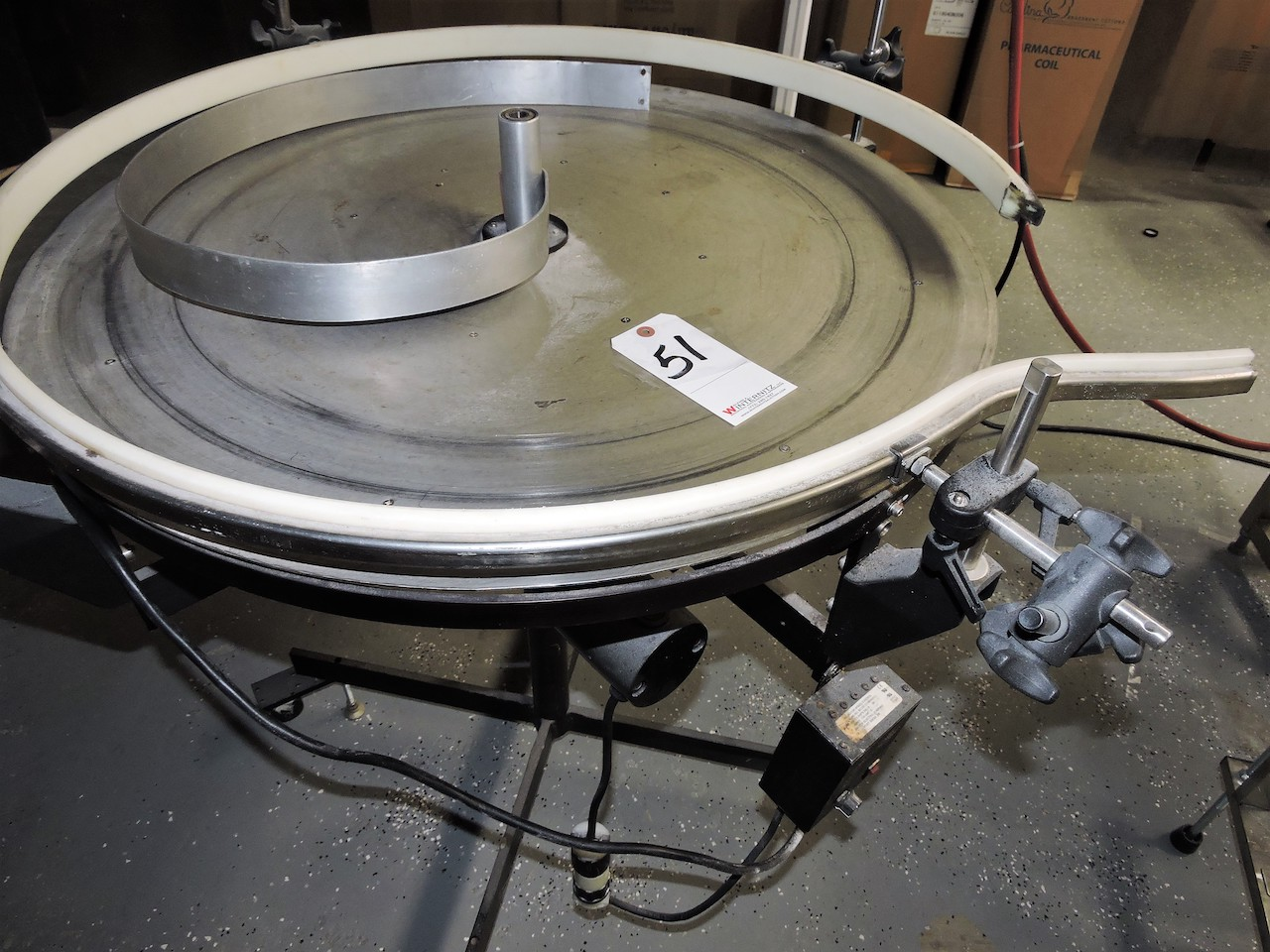 "Lot 51 - AUTOLABE MODEL 832 32"" DIAMETER"