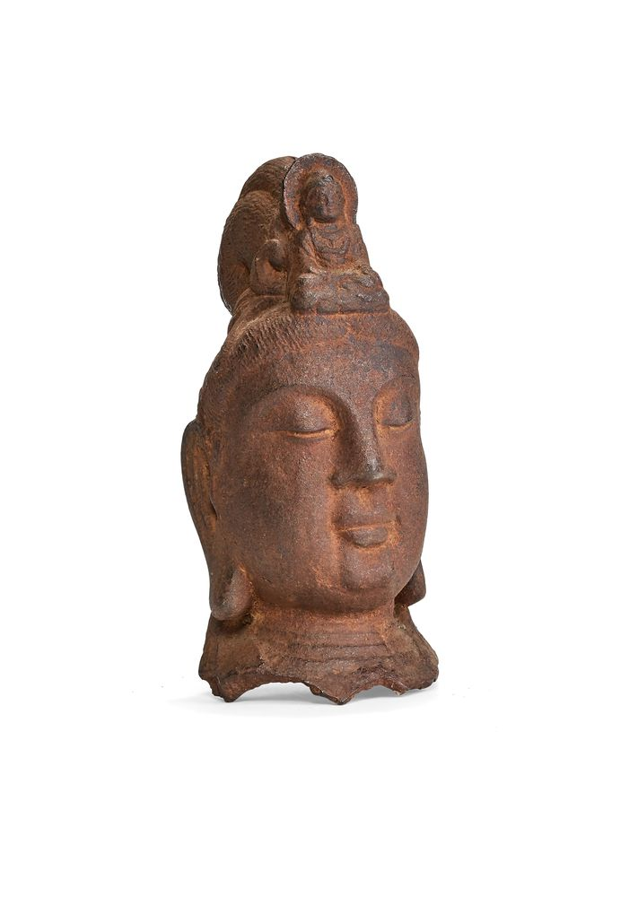 A Chinese cast-iron head of Guanyin, Qing Dynasty
