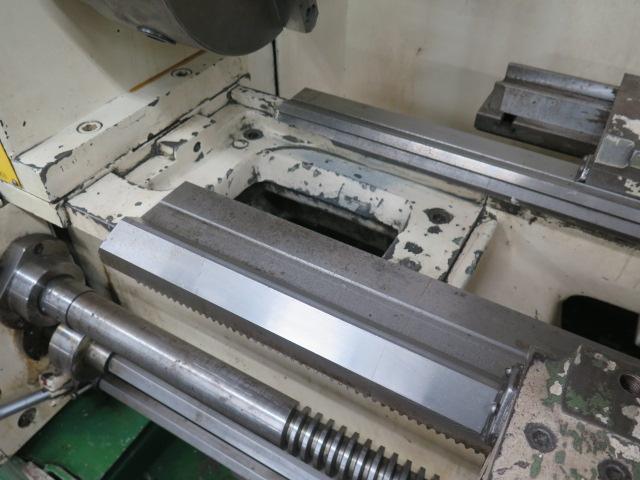 "Lion C11MT 20"" x 46"" Geared Head Gap Bed Lathe s/n 17047 w/ 19-2400 RPM, Taper Attachment, - Image 8 of 16"