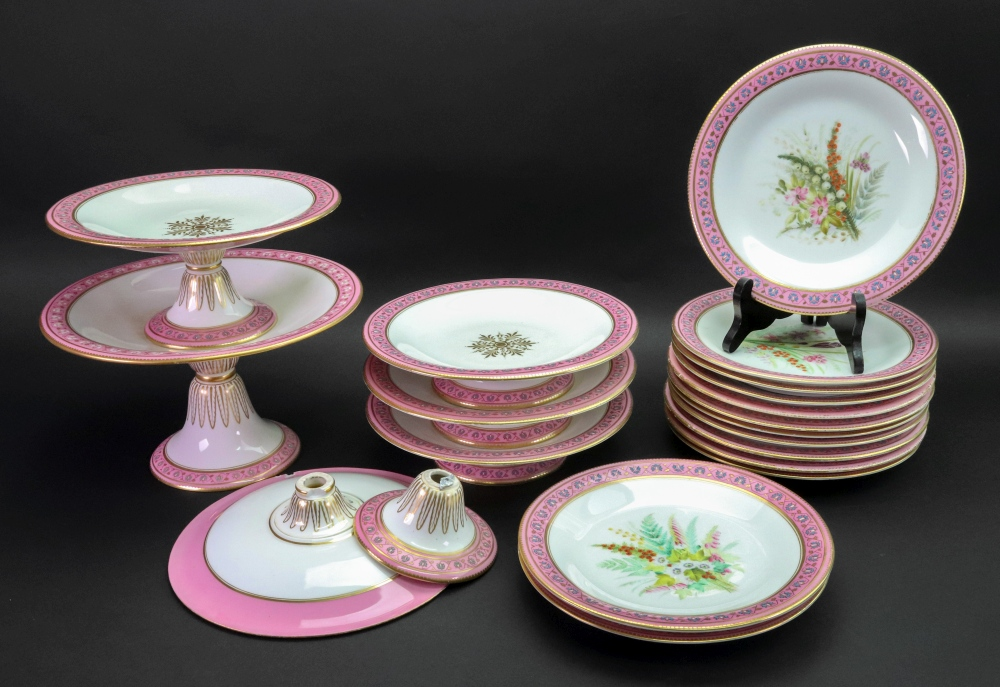 Lot 15 - A set of thirteen Royal Worcester porcelain dessert plates, circa 1880,