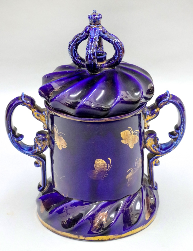 Lot 18 - A Masons Ironstone jar and cover, circa 1815 - 20, with twin scrolled side handles, mitre shape,