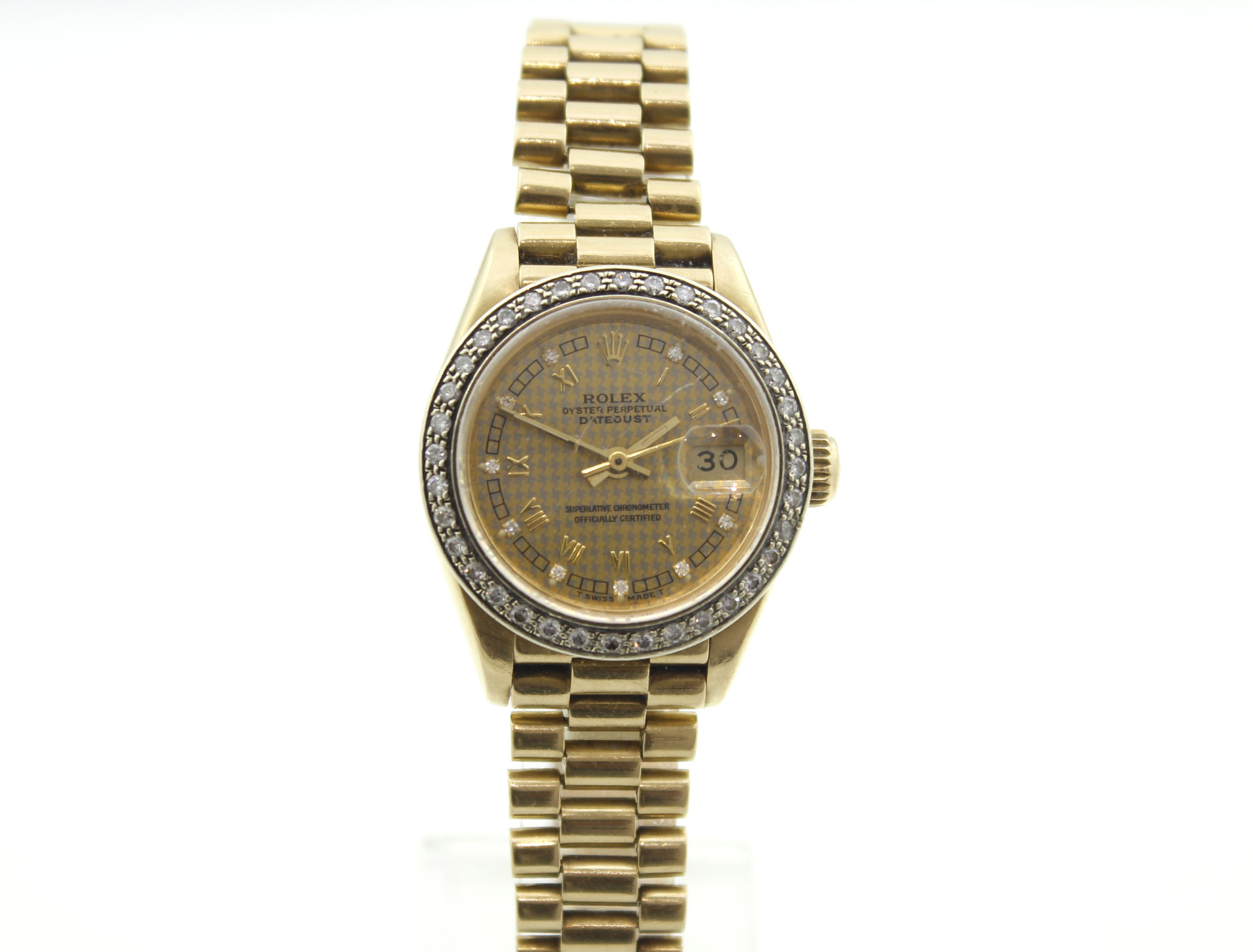 Lot 21 - ROLEX - 18ct ladies Rolex Oyster Perpetual Datejust 1987/88, approx 26mm.