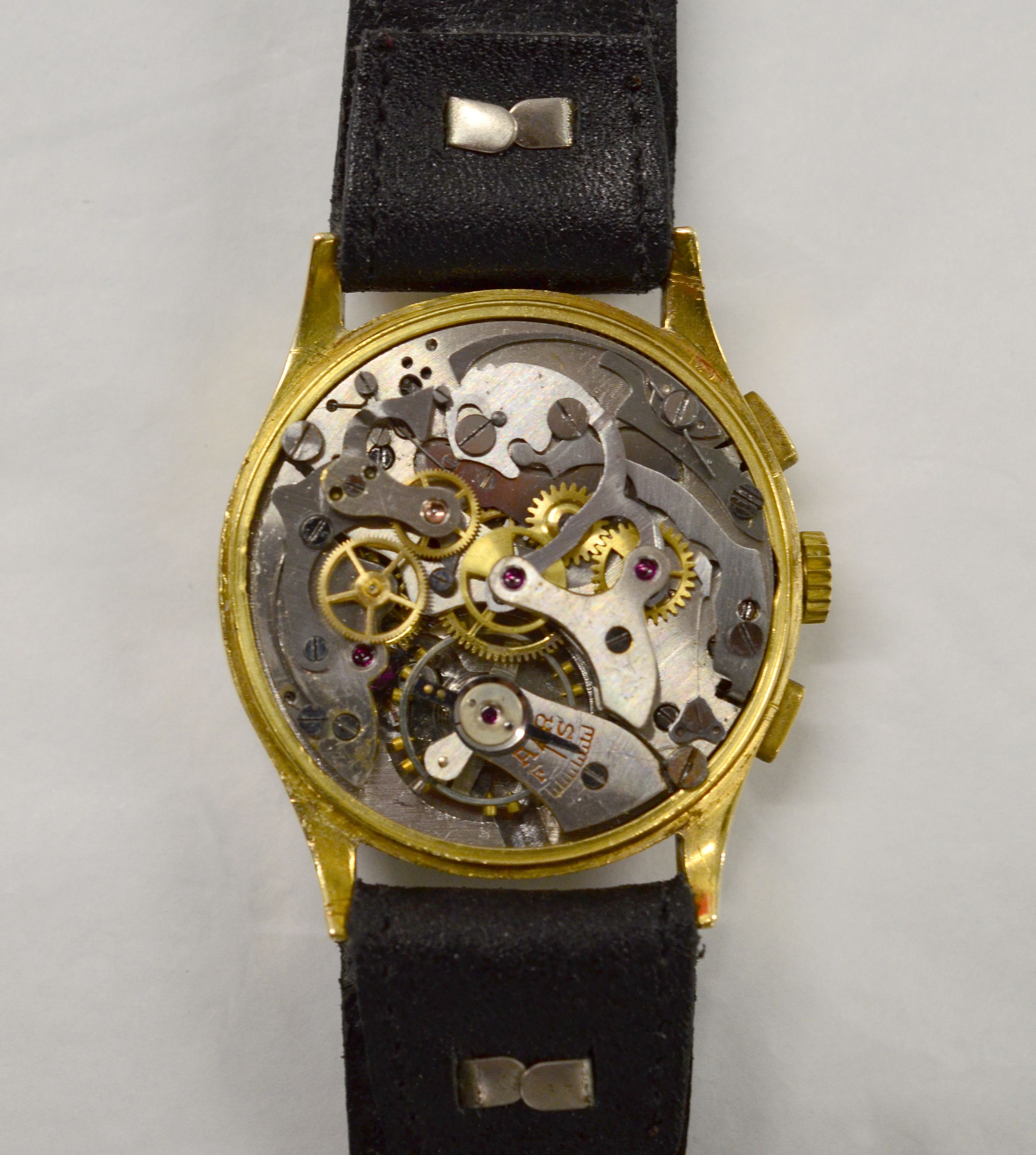 Lot 41 - A gents Chronograph mechanical wristwatch, approx 36mm, stamped '18k 0.