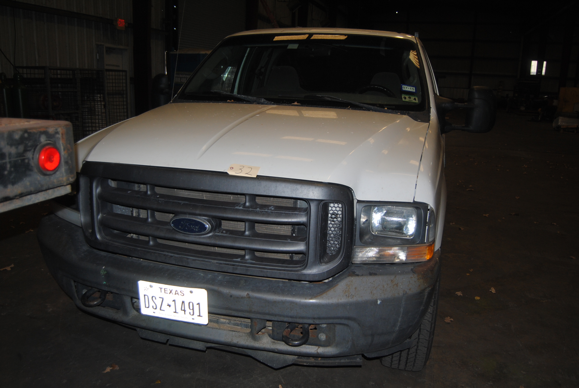 Lot 30 - Ford 03' Work Truck F250 XTL