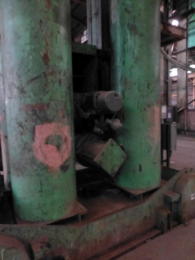 Pandjiris Railcar Rotator/Tandem Welding Positioner for Rail Car Repair Includes: (1) Master - Image 12 of 13