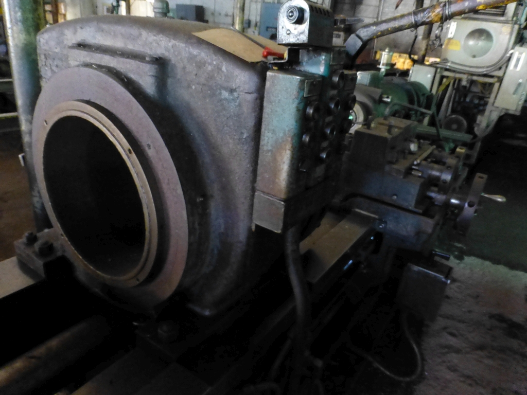 Betts Twin Carriage Center Drive Axle Lathe - Image 6 of 10