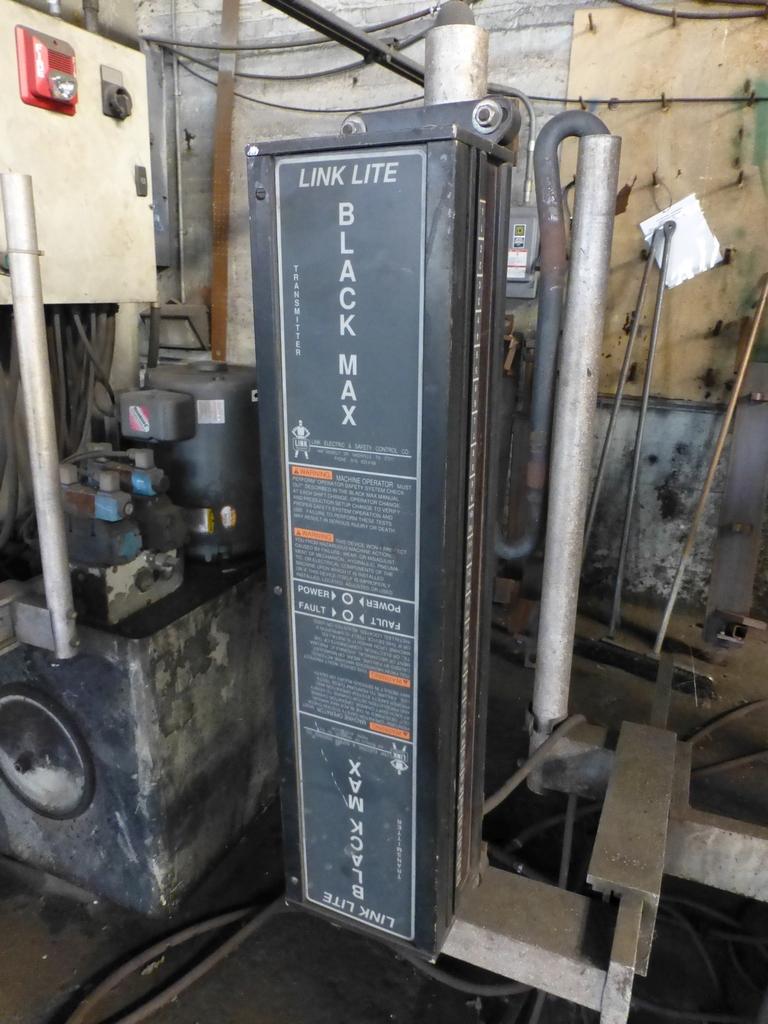 Acuurpress 8' x 130 Ton Hydrualic Press Brake|Model No. 71308; Pedestal Control; S/N 4896; - Image 8 of 8