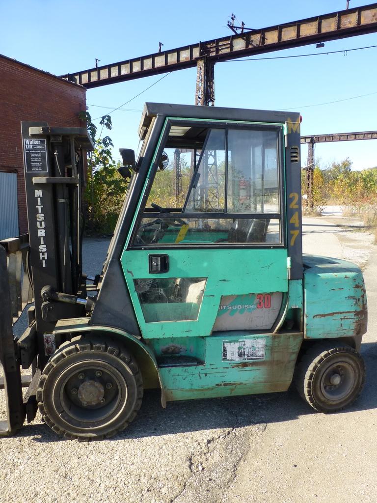 """Mitsubishi Diesel Forklift 6,000 lb Capacity: Model No. FD30 S/N AF14C-30247; 171"""" Lift; 48"""" - Image 2 of 17"""