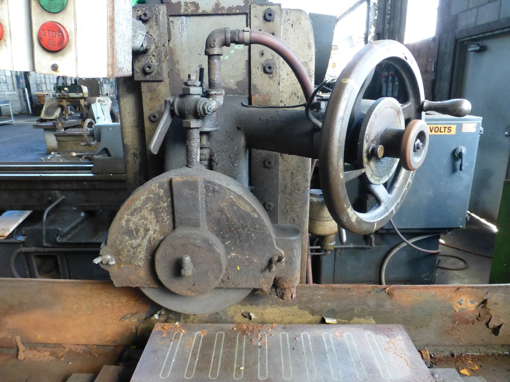 "Gallmeyer & Livingston #35 Automatic Surface Grinder|6"" x 18""; Includes Permanent Mag Chuck - Image 4 of 6"