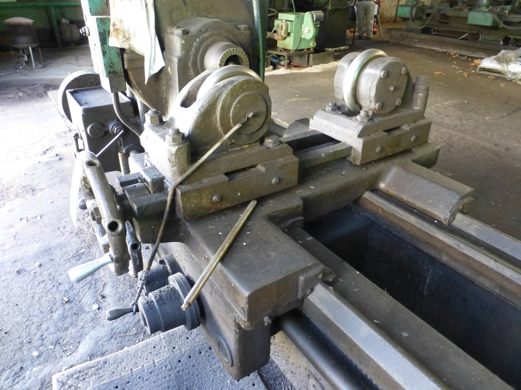Betts Twin Carriage Axle Lathe|S/N E6417 - Image 4 of 10