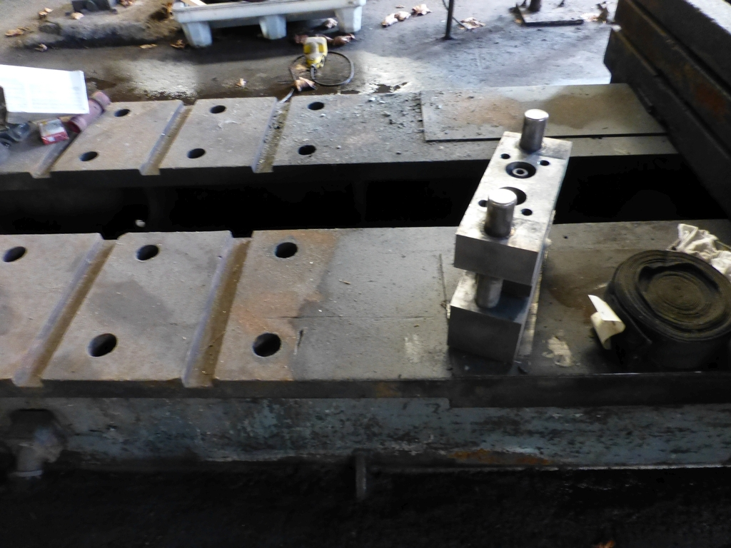 "Williams & White 100 Ton Hydraulic Bulldozer|12"" x 60"" Cross Head; S/N: 0-3154 - Image 14 of 16"