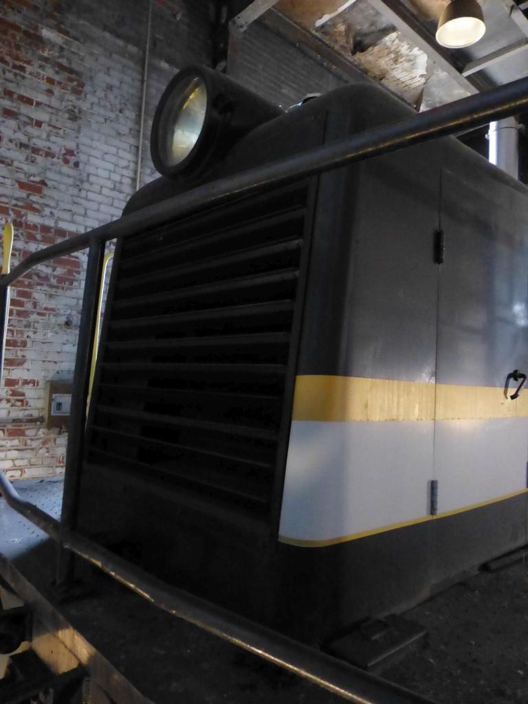 45-Ton GE Locomotive|S/N 15143 - Image 18 of 19