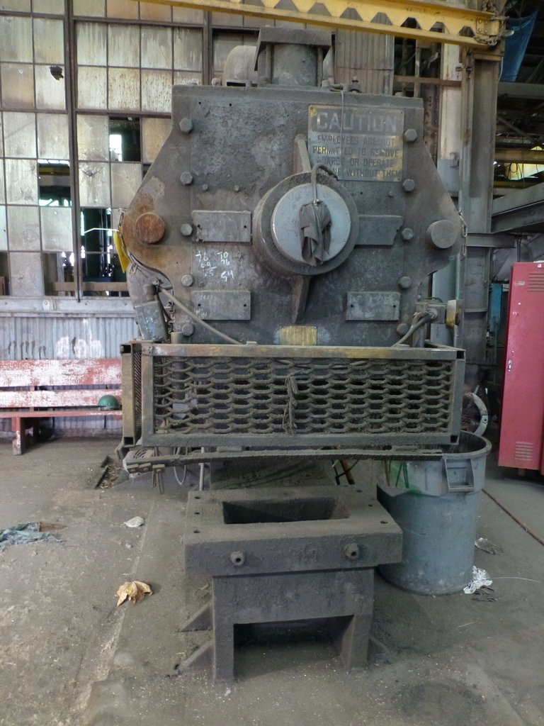 """Beatty 425 Ton Mechanical C-Frame Press