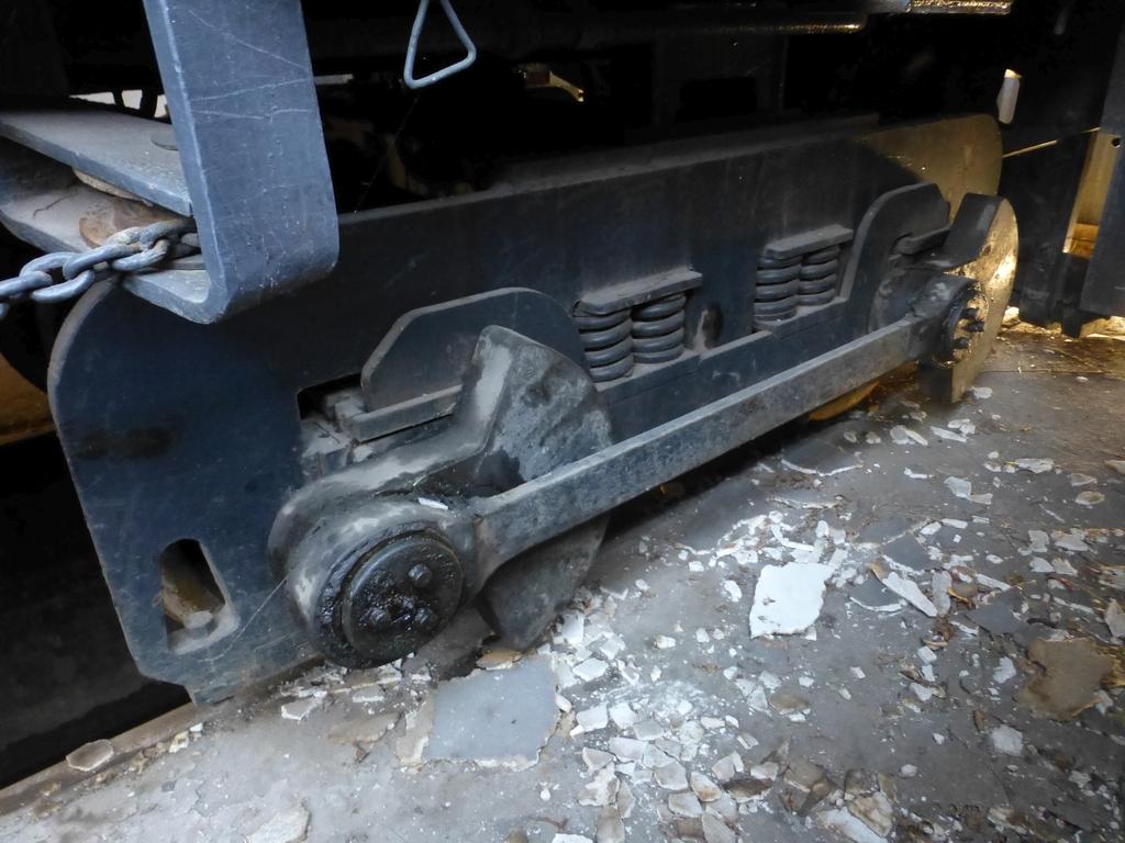 45-Ton GE Locomotive|S/N 15143 - Image 11 of 19