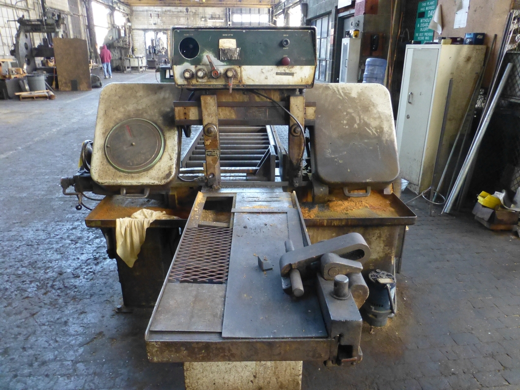 """DoAll Automatic Horizontal Band Saw