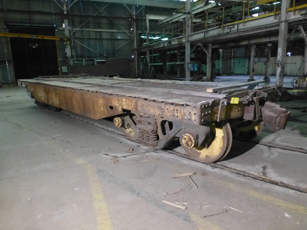 32' Flatbed Material Transport Rail Car 9' Wide - Image 2 of 9