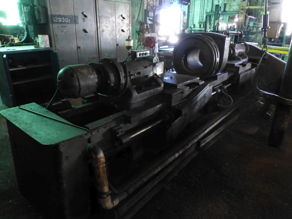 Betts Twin Carriage Center Drive Axle Lathe - Image 2 of 10