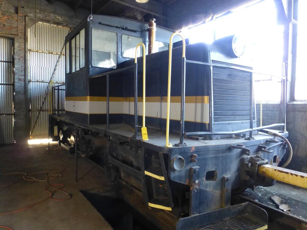45-Ton GE Locomotive|S/N 15143 - Image 12 of 19