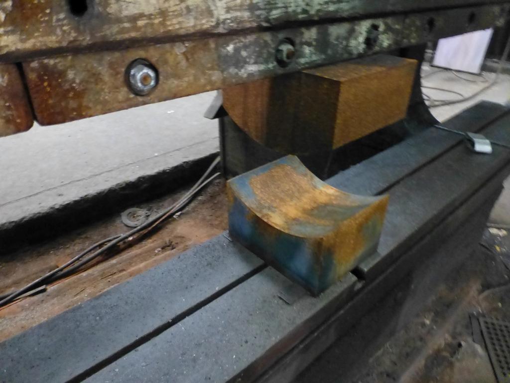 "Steelweld Mechanical Brake/Punch|Model: MO6-10; S/N: M-915; 12' 6""' LOA - 10' 6"" Between Housings; - Image 8 of 11"