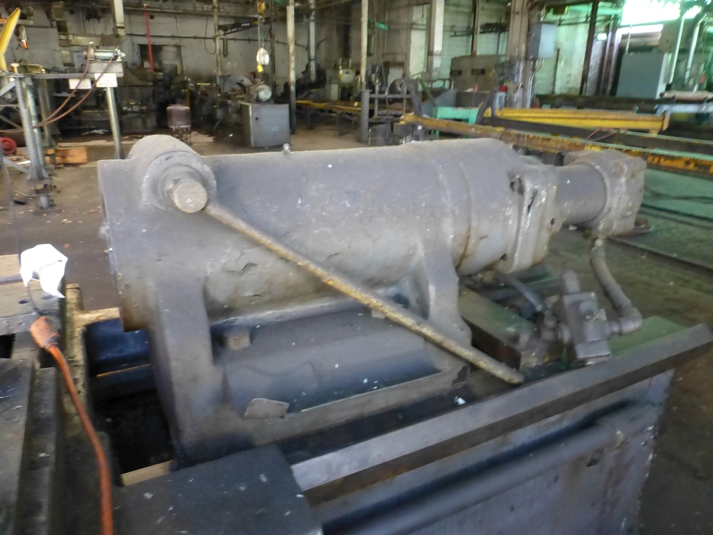 Betts Twin Carriage Axle Lathe|S/N E6417 - Image 8 of 10