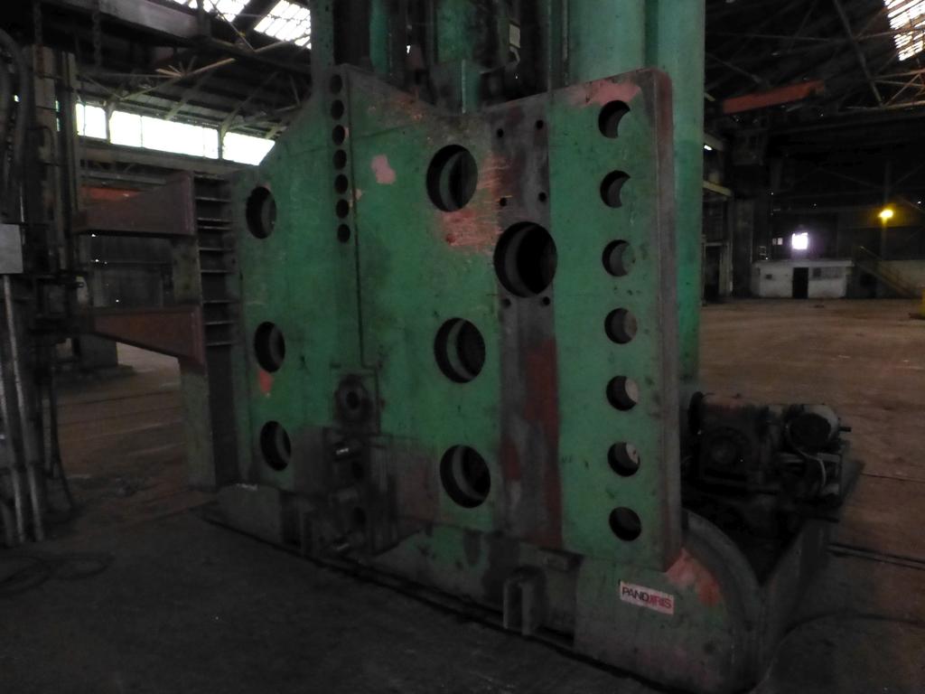 Pandjiris Railcar Rotator/Tandem Welding Positioner for Rail Car Repair Includes: (1) Master - Image 9 of 13