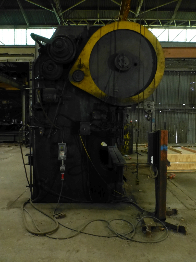 "Steelweld Mechanical Brake/Punch|Model: MO6-10; S/N: M-915; 12' 6""' LOA - 10' 6"" Between Housings; - Image 3 of 11"