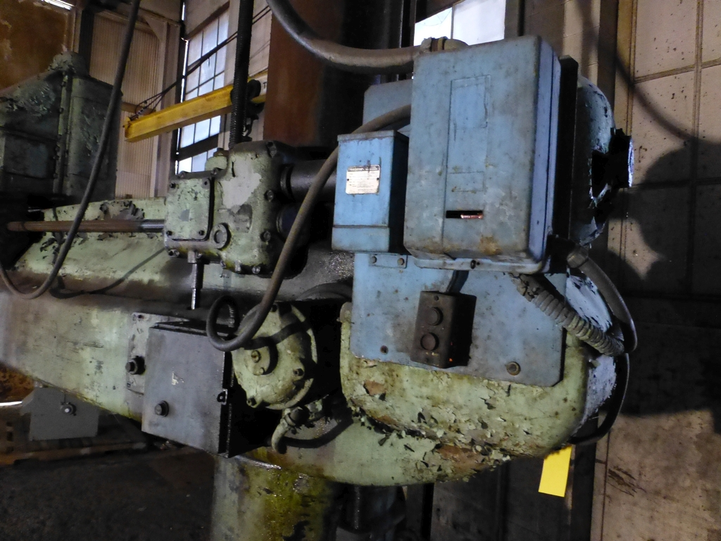 Cincinnati Bickford 8' Radial Arm Drill - Image 4 of 7