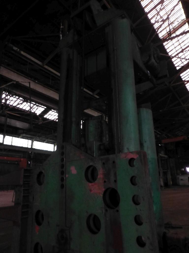 Pandjiris Railcar Rotator/Tandem Welding Positioner for Rail Car Repair Includes: (1) Master - Image 10 of 13
